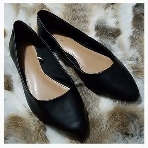 Merona leather pointed toe flats
